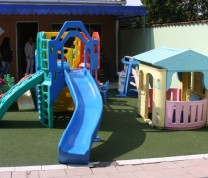 Volunteer Childreen Care House Playground